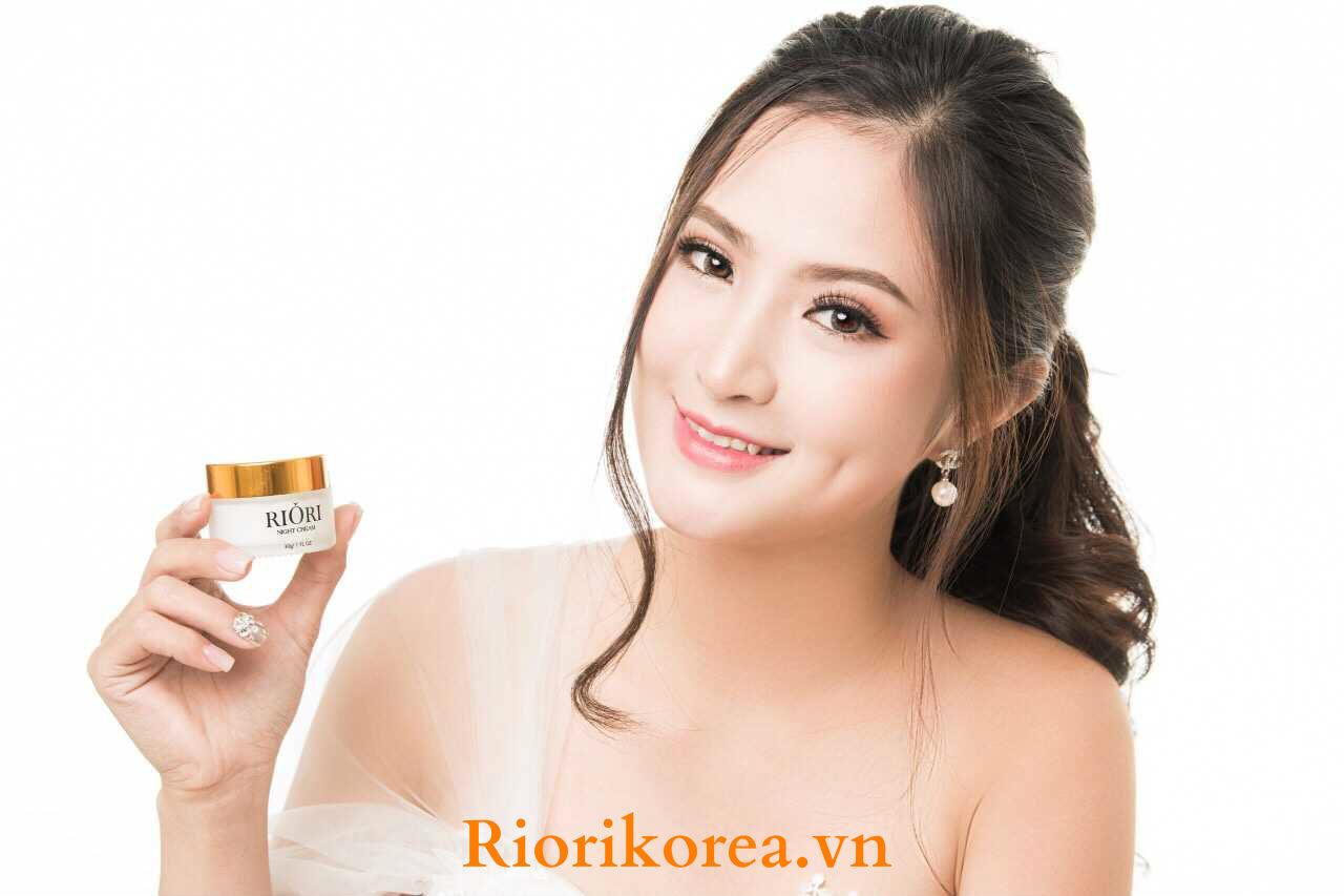 Kem Dưỡng Trắng Da Mặt Ban Đêm Riori Night Cream Tốt Nhất Được Nhiều Chị Em Tin Dùng