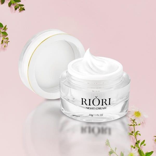 Kem Dưỡng Trắng Da Mặt Ban Đêm Riori Night Cream