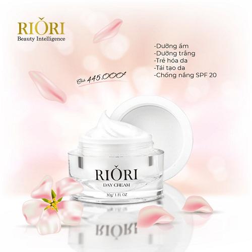 Kem Dưỡng Trắng Da Mặt Ban Ngày Riori Day Cream