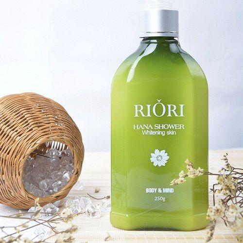Sữa tắm trang da Riori Hana Shower dưỡng thể trắng da