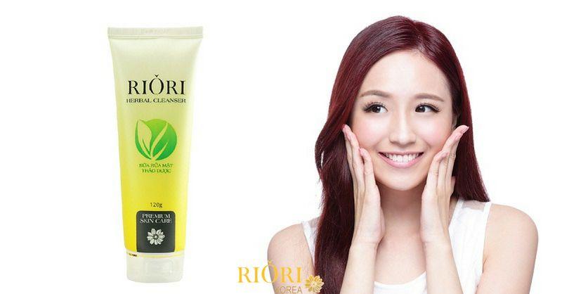 Sữa Rửa Mặt Thảo Dược Riori Herbal Cleanser Hỗ Trợ Điều Trị Mụn Hiệu Quả Nhất